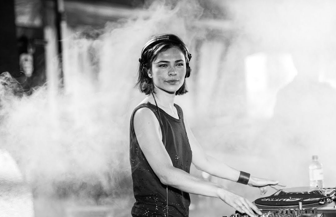 Nina Kraviz - IMPRV (Original Mix) [TECHNO] The pioneering first release of Nina Kraviz's then newly-found label трип, 'IMPRV' is a cannonade coming from a maverick DJ reaching the peak of their game.